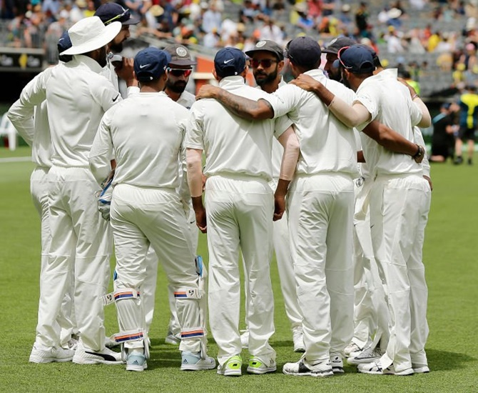 4th Test: Depleted India eye history at Sydney