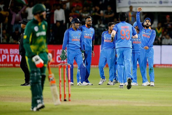 Team India celebrate on claiming the last wicket, that of Morne Morkel, to win the 5th ODI and clinch the series and seal top spot in the ODI rankings on Tuesday