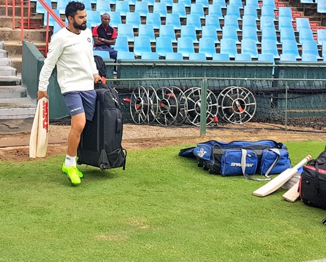 India gasp to stay afloat ahead of Centurion Test
