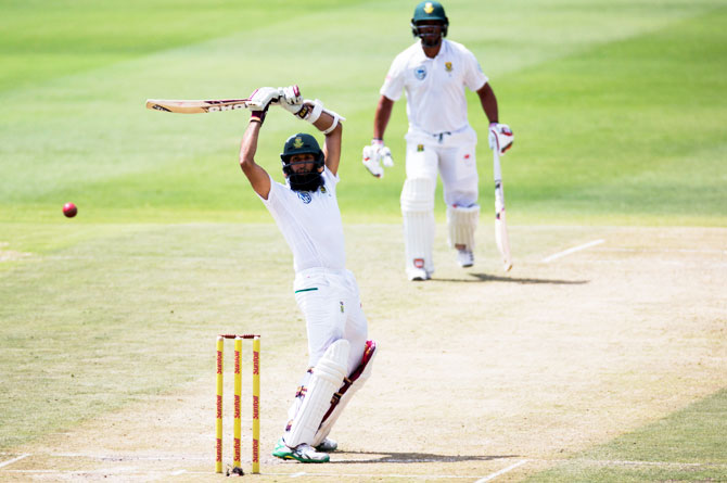 3rd Test: 'Element of fortune big' but Amla backs SA to chase down 270