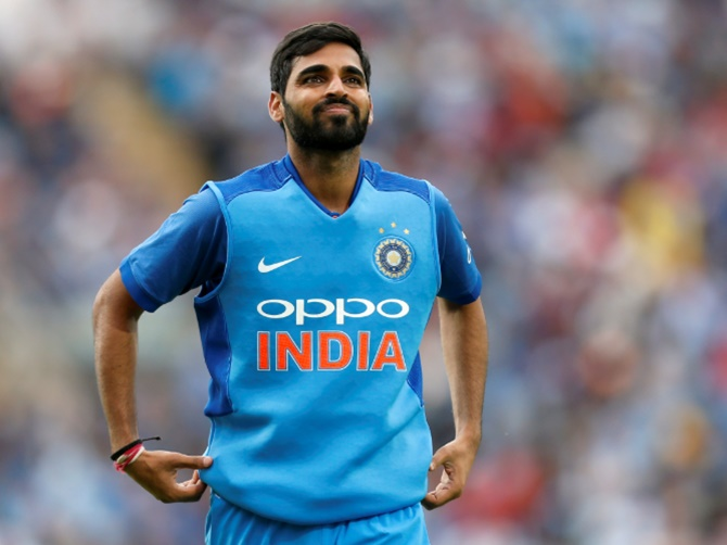 Bhuvneshwar hobbles out with hamstring niggle