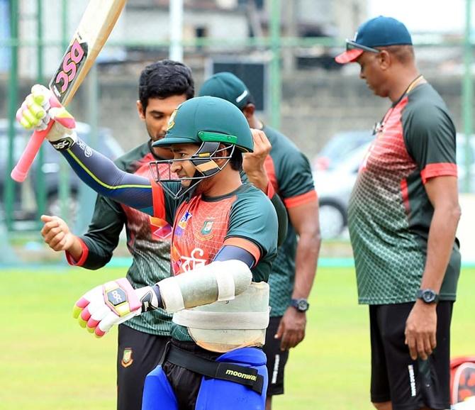 Sri Lanka, Bangladesh clash in virtual semifinal