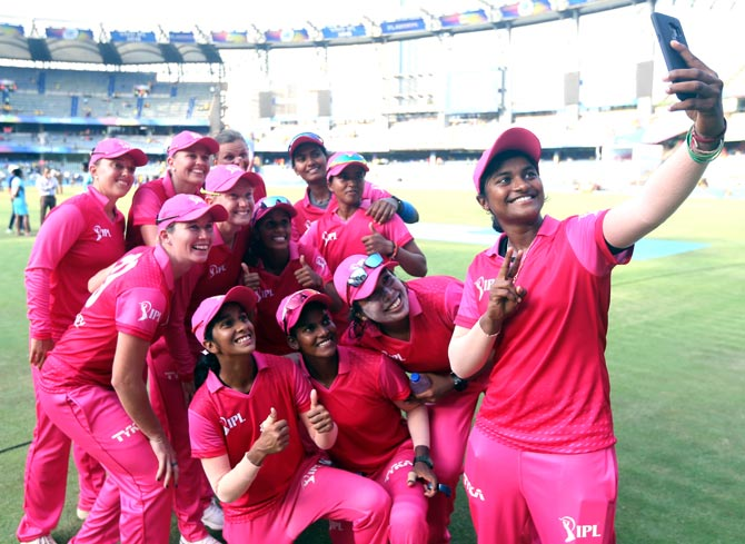 Gavaskar demands full-fledged women's IPL