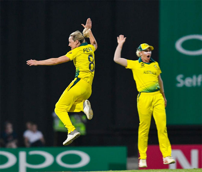 Rediff Cricket - Indian cricket - PHOTOS: Aus thrash Windies in semis, to face England in WT20 final