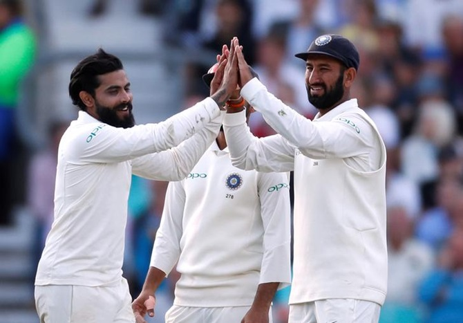 From 133-1 to 198-7: How India's bowlers demolished England's batting