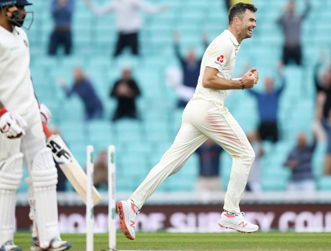 Anderson overtakes McGrath as leading Test paceman