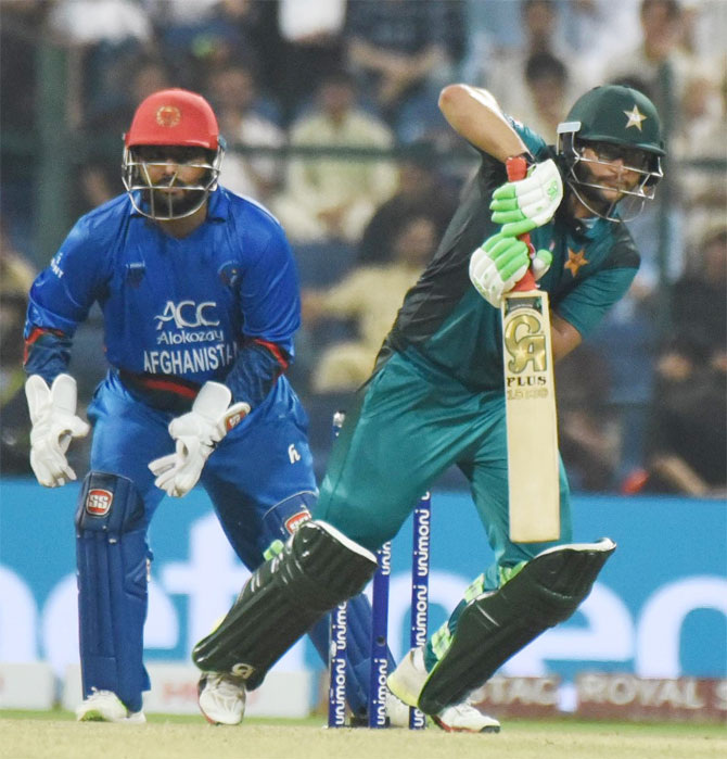 Imam-ul-Haq gave Pakistan a good start, scoring 80