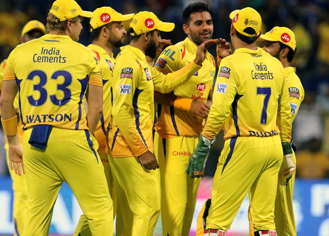 Dhoni 's calm vs Ashwin's aggro as CSK take on KXIP