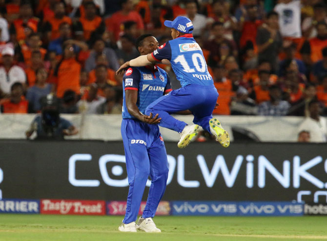 Kagiso Rabada celebrates With Prithvi Shaw after taking the catch to dismiss Sunrisers Hyderabad's captain Kane Williamson
