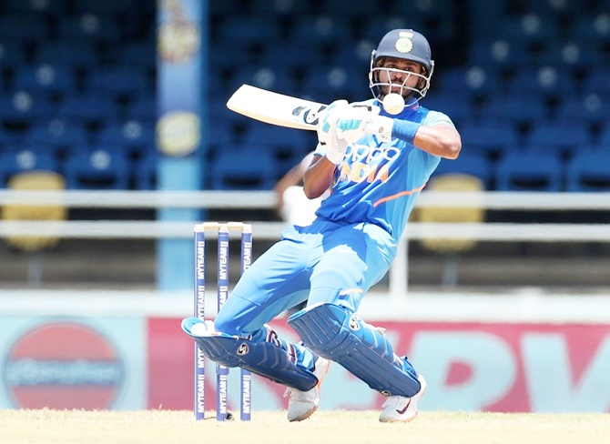 Iyer enjoys batting while dressing room in nervous