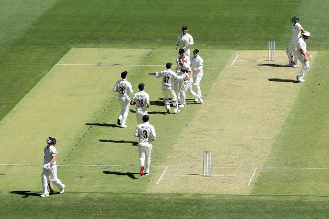 PHOTOS: Aus vs NZ, Day/Night Test, Perth