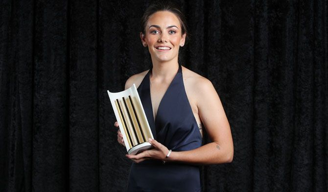 Heather Graham poses with the Women's Domestic Player of the Year Award