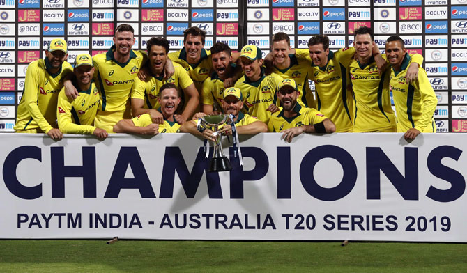 Maxwell hopes Australia can bring T20 form into ODIs