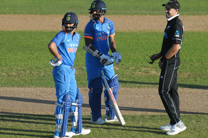 Napier Mayor asks India, NZ cricketers to toughen up