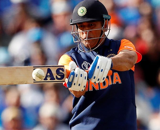 Kapil raises doubts on Dhoni's return