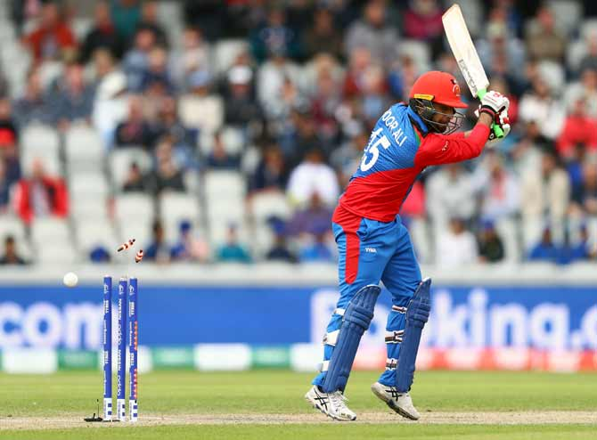 Noor Ali Zadran is bowled by Jofra Archer