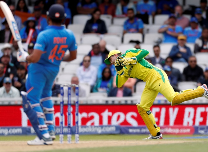 2019 World Cup: Seamers struggle as openers make hay
