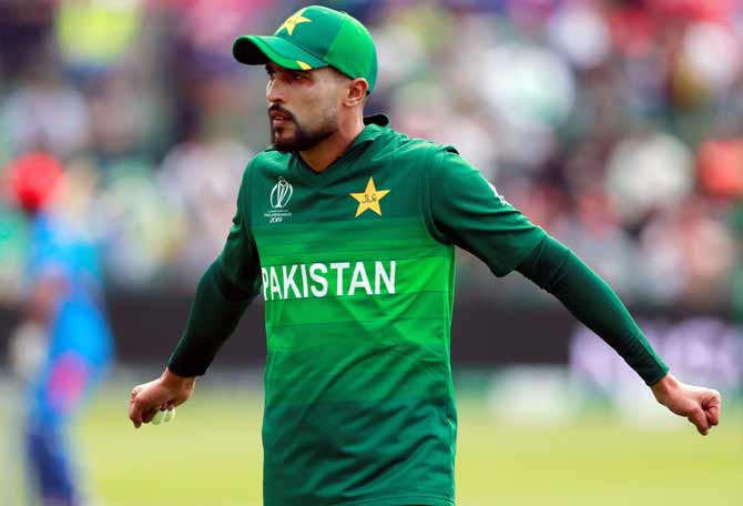 Amir tests negative for COVID-19, cleared to join team