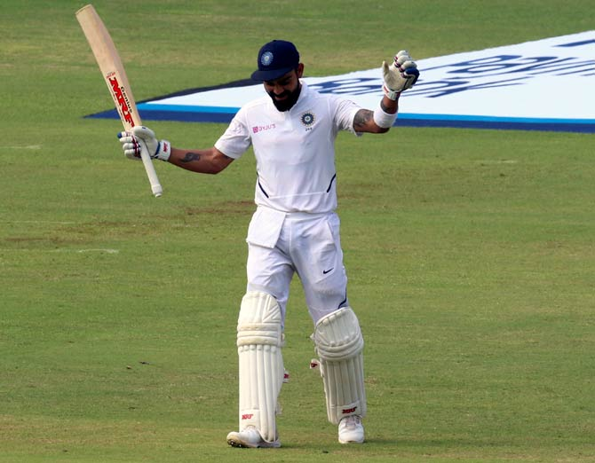 Test rankings: Kohli closes in on top-ranked Smith after double ton