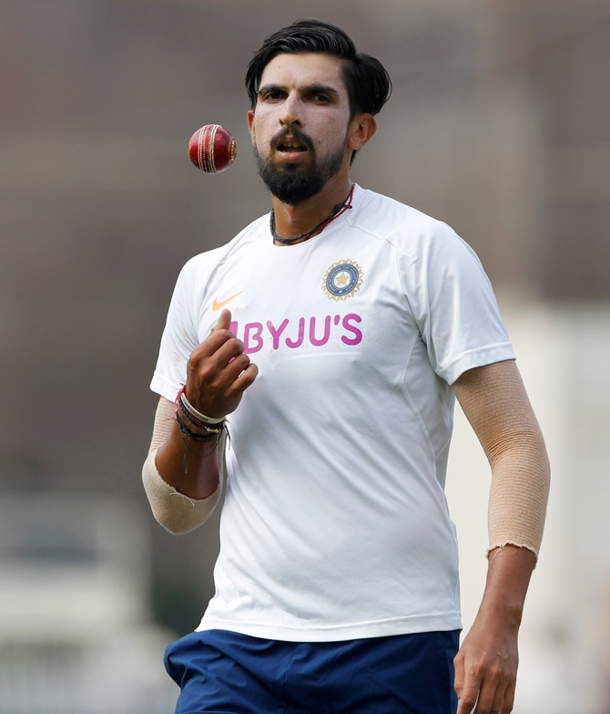 Ishant sustains injury before Test squad announcement