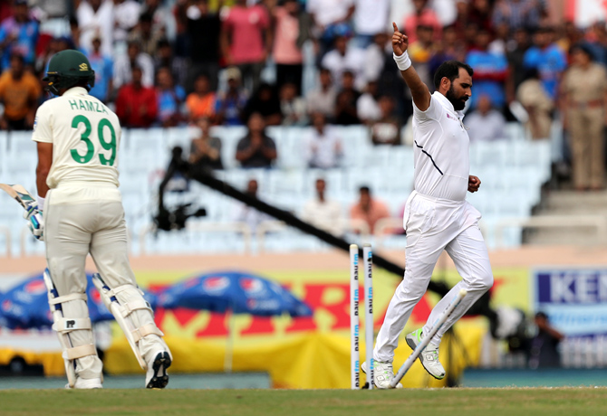 PHOTOS: India vs South Africa, 3rd Test, Day 3