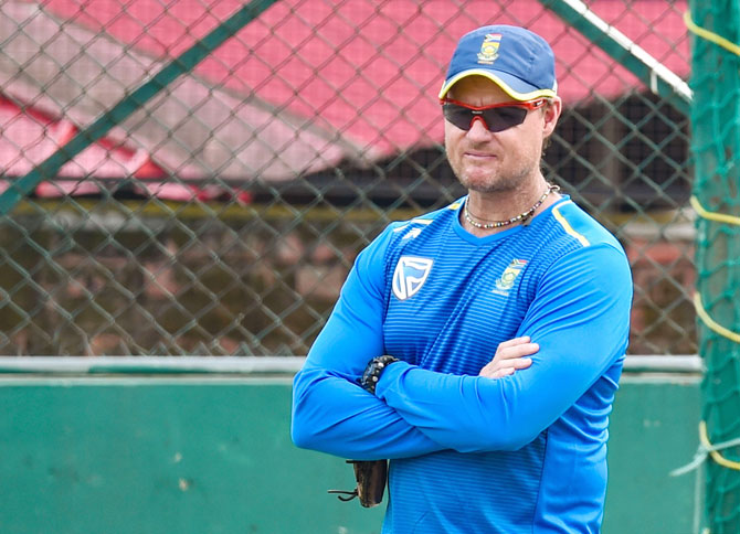 Klusener says SA ready to soak in pressure