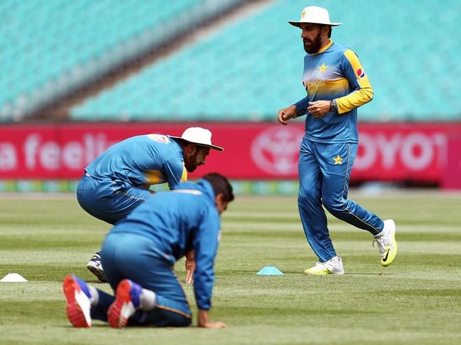 Pakistan to conduct online fitness tests for players