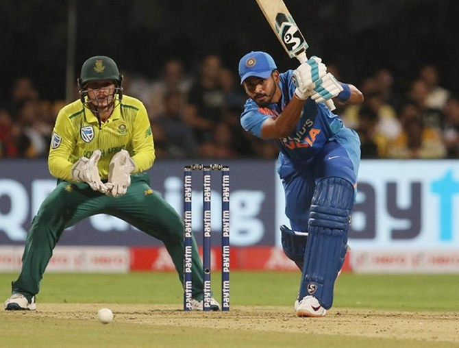 Miscommunication leads to confusion between Pant, Iyer