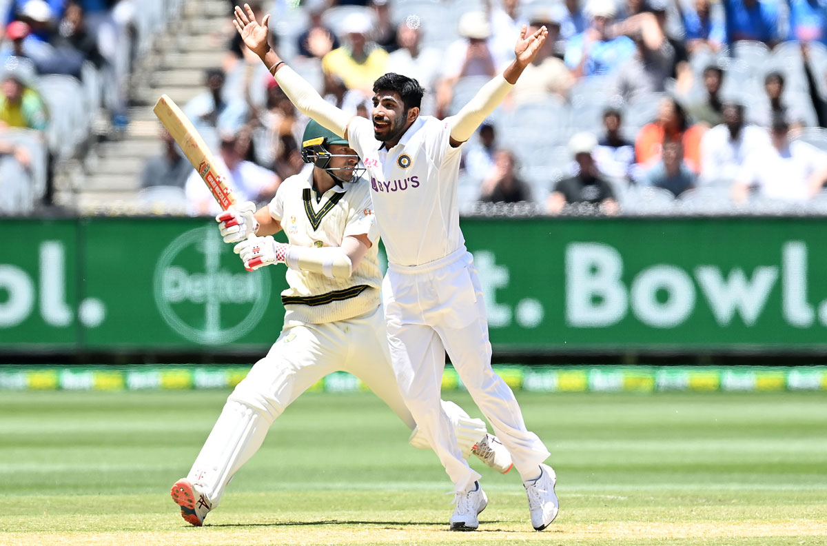 Bumrah is the smartest operator, says Shoiab Akhtar