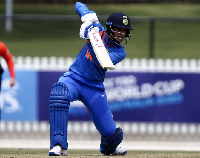 T20I tri-series: India women go down to England