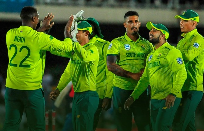 Olympic body takes control of Cricket South Africa