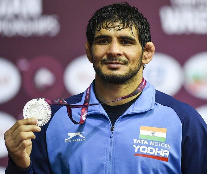 Jitender ensures place for Oly Qualifiers with silver