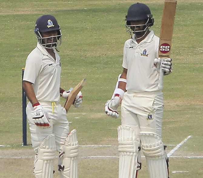 Ranji Roundup: Bengal virtually seal semis berth