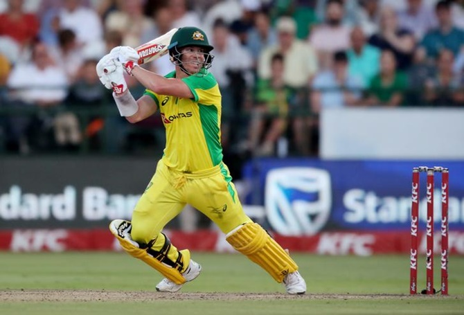 Australia thrash South Africa to win T20 series