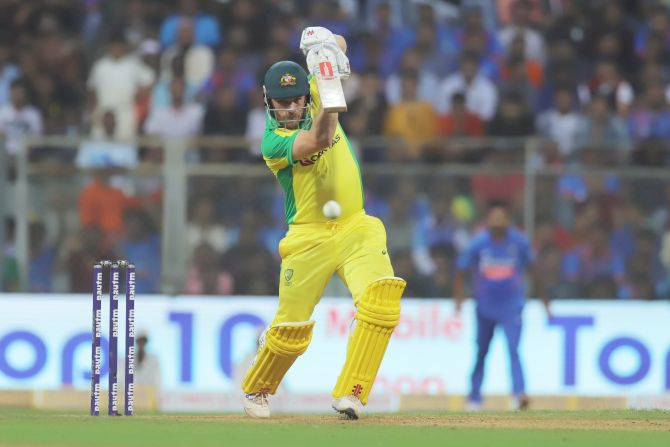 Aaron Finch bats en route his 16th ODI ton on Tuesday