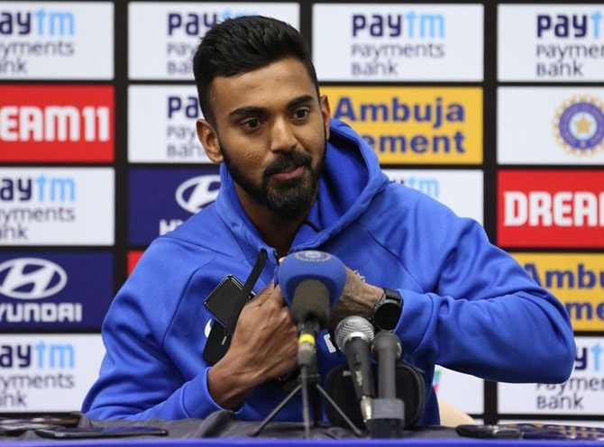 How does KL Rahul feel compare to Dravid?