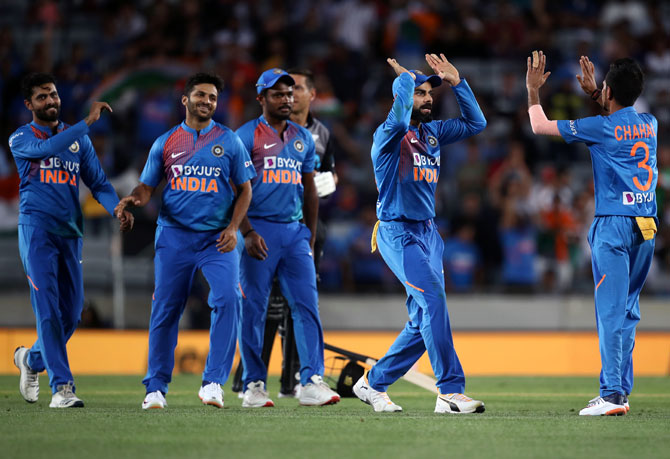 Captain Kohli lauds bowlers for 'taking control'