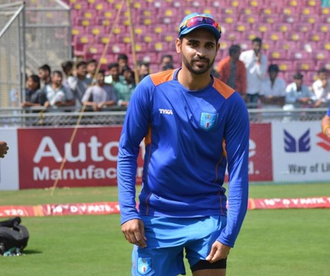 'Not taking Bhuvi to UK huge mistake'