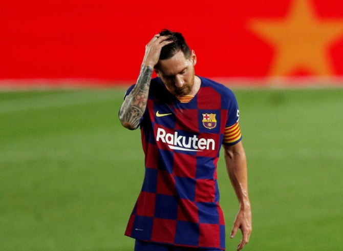 Messi tells Barca he wishes to leave, says club source