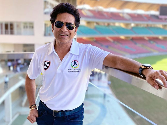 Tendulkar supports 4,000 underprivileged people