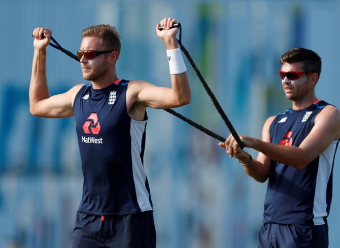 18 England bowlers to start training this week
