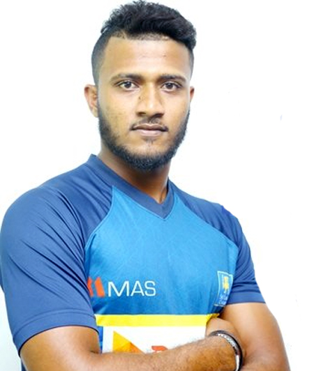Sri Lanka suspends fast bowler after heroin arrest