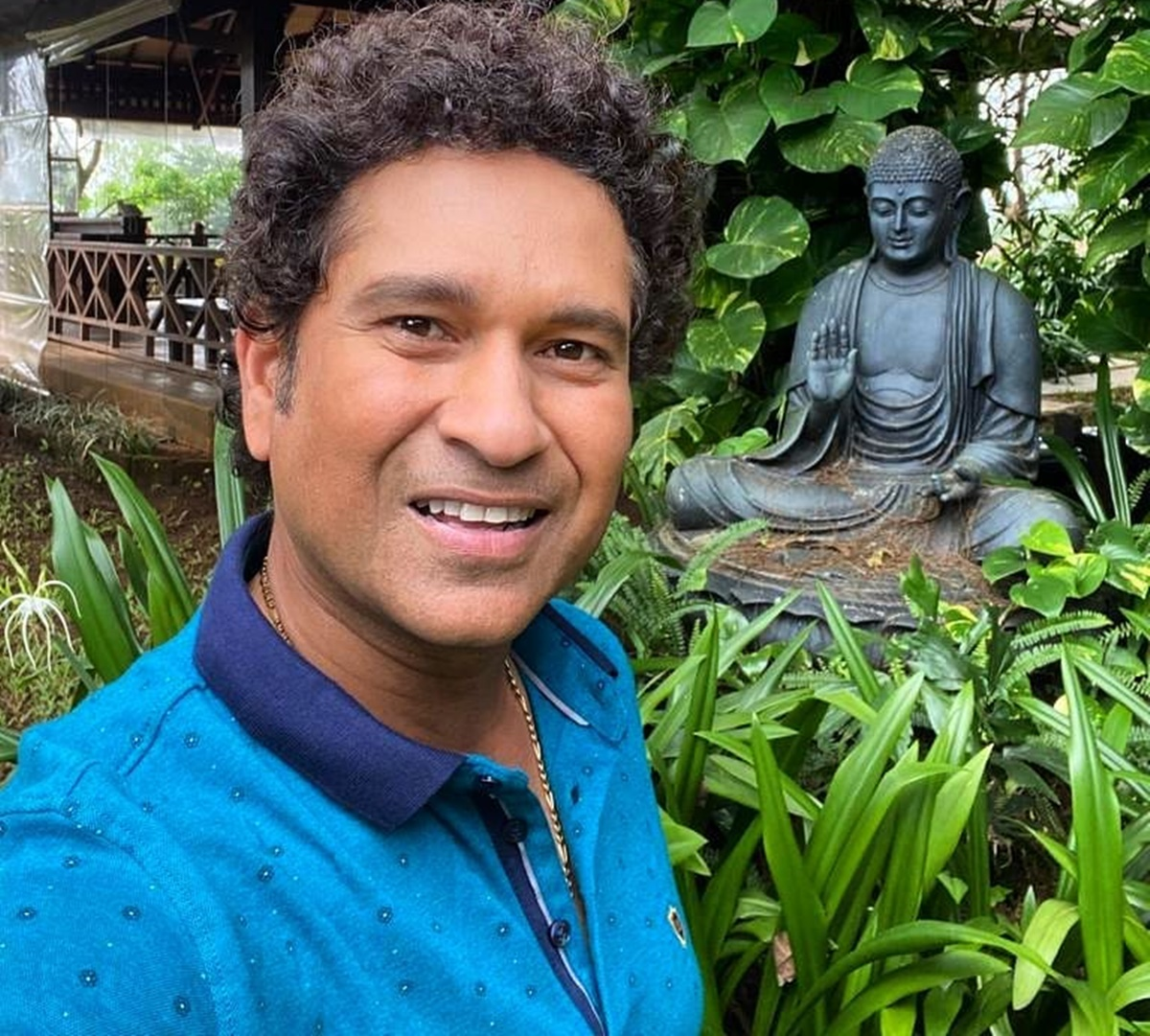 You'll hit COVID-19 for a six: Akram wishes Sachin
