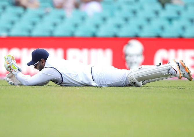 Rishabh Pant drops Will Pucovski off the bowling of Mohammed Siraj