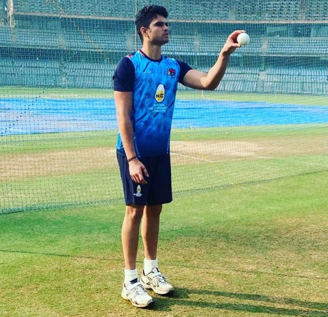 Arjun Tendulkar's son has been at the receiving end of a lot of negative comments after he was picked my Mumbai Indians