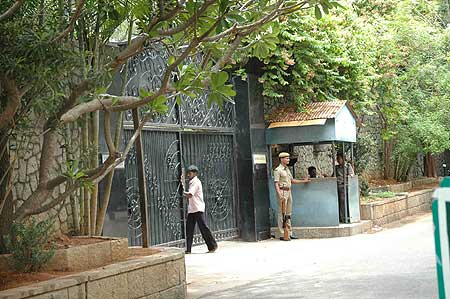 AIADMK chief Jayalalitha's residence Poes garden bore a deserted look