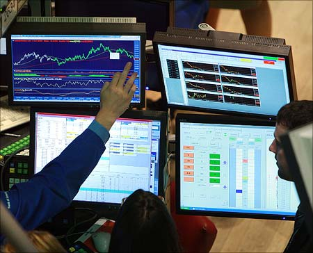 Four reasons why YOU don't make money in stock markets