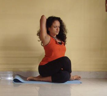 simple yoga poses for beginners  rediff getahead