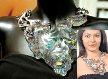 Would You Wear A Necklace With Live Fish In It Or Do Believe S Cruelty To Animals
