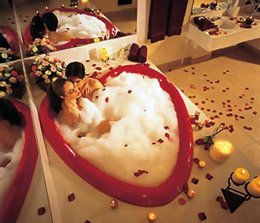 2. A heart-shaped bathtub